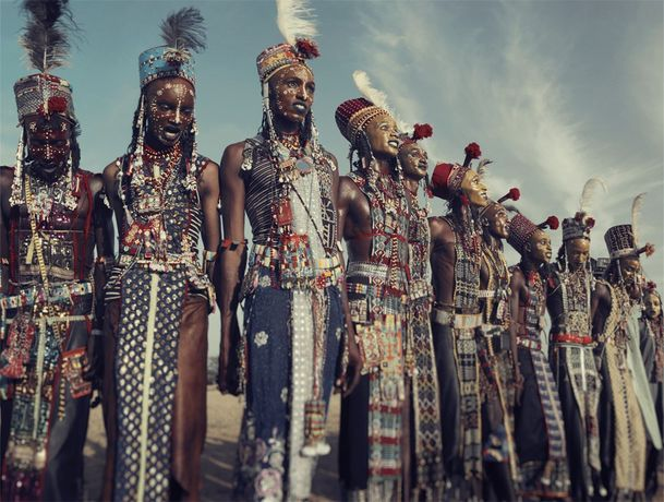 Jimmy Nelson XXVIII 1 Wodaabe, Gerewol, Chad 2016 Chromogenic color print