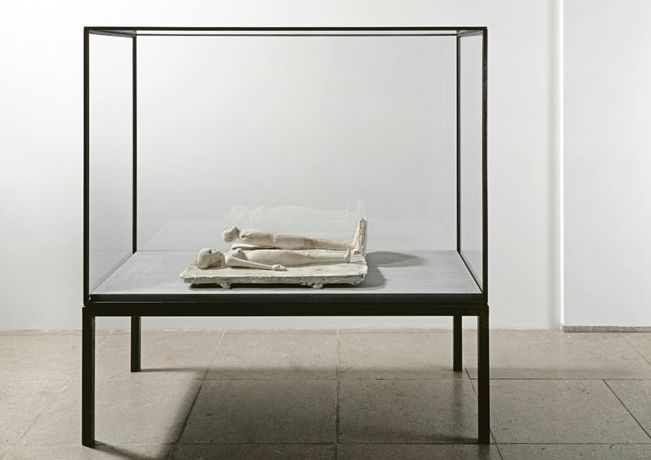 Joseph Beuys, The Couple, 1952 - 1953, plaster, wax, wood, 77 x 60 x 20.5 cm, Installed in vitrine: 164 x 160 x 72 cm Courtesy BASTIAN, © Joseph Beuys Estate