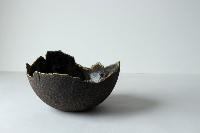 Kintsugi – All That is Broken is Not Lost by Reiko Kaneko: Image 2