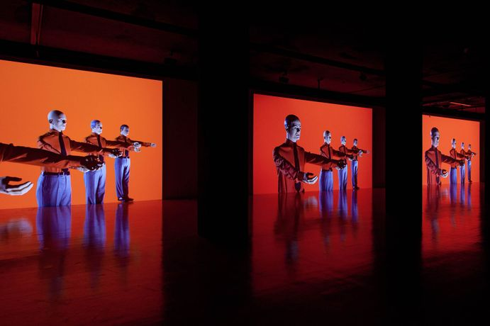 KRAFTWERK  '3-D Video-Installation - 1 2 3 4 5 6 7 8': Image 0