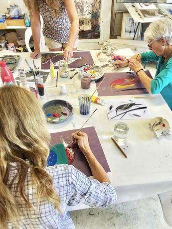 Les Beaux-Arts Creative Painting Workshop: Image 1
