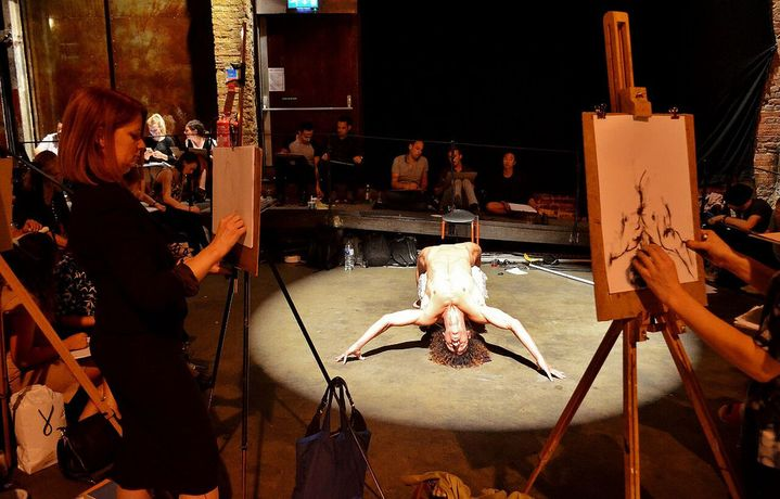Life Drawing at Village Underground: Image 2