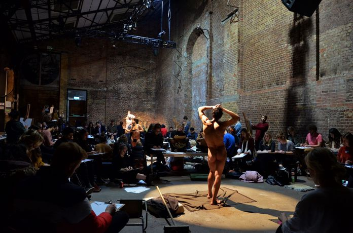 Life Drawing at Village Underground: Image 1