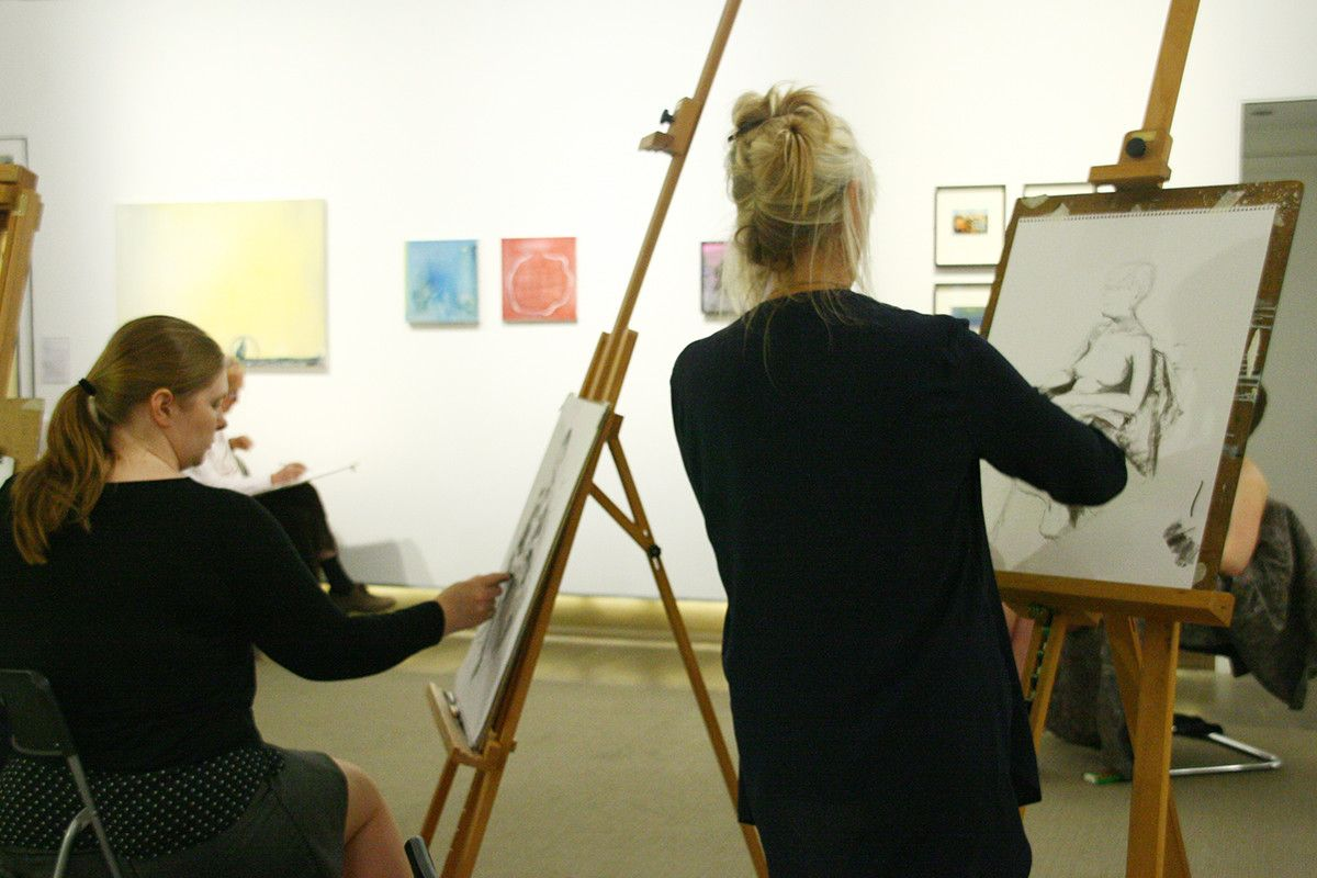 Life drawing sessions - Workshop at Fleming Collection in London