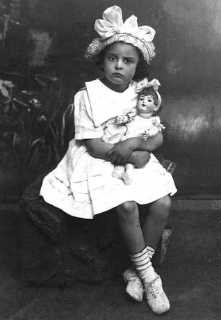Liliane Lijn's mother Helena as a small child in Moscow circa 1918. Photographer unknown. Courtesy of Liliane Lijn.