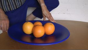 Julia Manheim, video, (still) Pearl's Oranges 2018