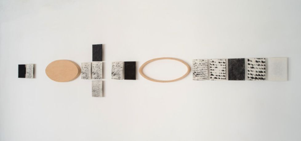 MAGDA CSUTAK, Lichtfassen, 2002, porcelain, photo emulsion, wood, 64 x 363 x 6 cm, Courtesy Christine König Galerie, Vienna and the artist