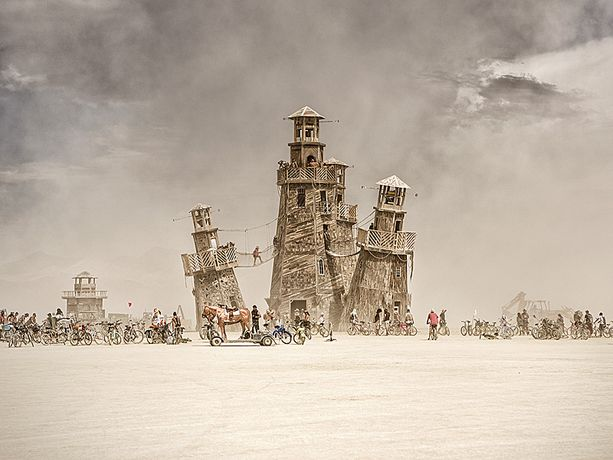 Marek Musil: DAST and LIGHT. THE Burning Man Collection: Image 1