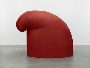 Martin Puryear, Big Phrygian, 2010–2014. Painted red cedar, 147.3 x 101.6 x 193 cm (58 x 40 x 76 in). Glenstone Museum, Potomac, MD, USA. Photograph by Ron Amstutz. © Martin Puryear, courtesy of Matthew Marks Gallery