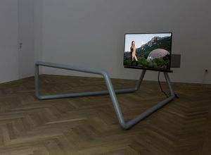 Christopher Roth, Blow Out (The Film), 2016; Pilgrim Viewer (In collaboration with Sam Chermayeff and Arno Brandlhuber), 2015; photo: Andrea Rossetti Courtesy: the artist and Esther Schipper, Berlin
