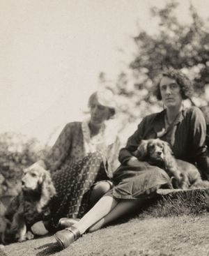 Anonymous, Virginia Woolf and Vita Sackville-West. 1933. Houghton Library, Harvard University.