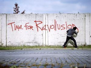 "Nasan Tur, ""Time for Revollusion"", 2008, C-print, 150x200cm, Courtesy: the artist"
