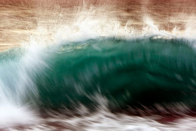 New waves: Image 0