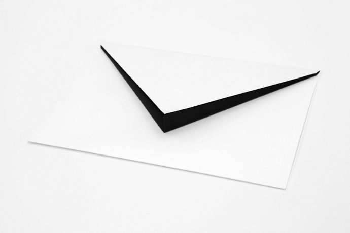 Felipe Cohen, Invitation, 2008, Paper envelope and basalt, 2,2 x 16 x 22cm
