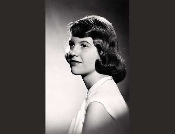 Studio photograph of Sylvia Plath (with brown hair) |  Warren Kay Vantine |  1954, Photograph |  College Archives, Smith College, Northampton, Massachusetts  © Estate of Sylvia Plath