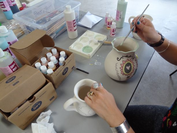 The Harley Gallery, Paint a Pot Workshop