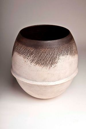Hans Coper, Large Vessel, early 1970s