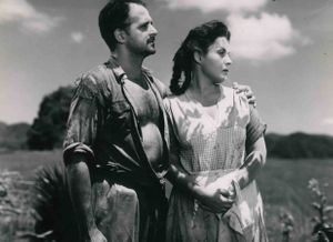 Pictured left to right: David Silva and Xonia Benguria in Casta de roble , 1954, Cuba, directed by Manolo Alonso. Photo courtesy of UCLA Film & Television Archive.