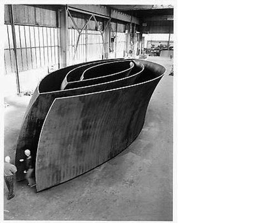 RICHARD SERRA: SCULPTURE: Image 0