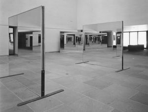 Robert Morris Untitled (Williams Mirrors), 1976-77 12 Mirrors 231,4 x 244 cm (each) 91 x 96 inches (each) © Robert Morris / ARS, New York 2016 Courtesy of the artist, Sprüth Magers and Castelli Gallery