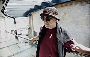 Ron Arad's Curtain Call