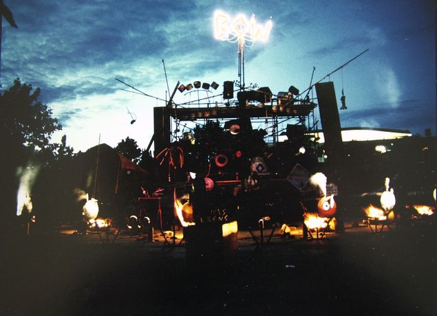 Image credit: Bow Gamelan Ensemble, Damn Near Run Thing, 1988. Sounds Unusual Festival, South Bank, Jubilee Gardens, London. Courtesy Bow Gamelan Ensemble.