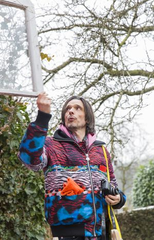 Material Test and Location Check with Jeremy Deller © Skulptur Projekte 2017, photo: Hanna Neander