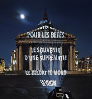 Jenny Holzer, Xenon for Paris, 2001 © 2001 Jenny Holzer, member Artists Rights Society (ARS), NY Photo Attilio Maranzano (2)