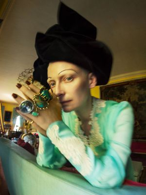 Tilda Swinton. Fashion: Gucci, Marc Jacobs, jewellery: Lisa Eisner Jewelry, Vela, Uno de 50, A. Brandt + Son. Renishaw Hall, Derbyshire, 2018. © Tim Walker Studio