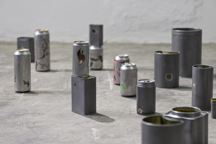 Tonico Lemos Auad, Small Fires, 2015, 150 sandblasted and scratched metal cans, dimensions variable. Courtesy the artist and Stephen Friedman Gallery, London