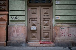 UrbanPhotoFest: The Yellow Star Houses of Budapest