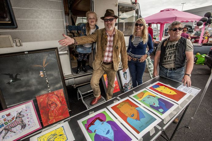 Vauxhall Art Car Boot Fair: Image 3