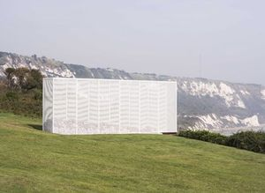 Alex Hartley, Wall, commissioned by the Creative Foundation for Folkestone Triennial 2017. Image by Thierry Bal.
