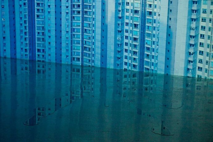Julia Stoschek Collection Berlin, WangShui, From its mouth came a river of highend residential appliances, 2018, Einkanal-Video, Wasser. Videostill. Courtesy of the artist