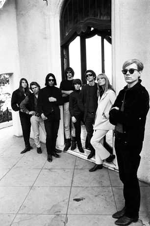 Andy Warhol and the Velvet Underground, Los Angeles, Californie, 1966 © Steve Schapiro, courtesy the A. Gallery, Paris