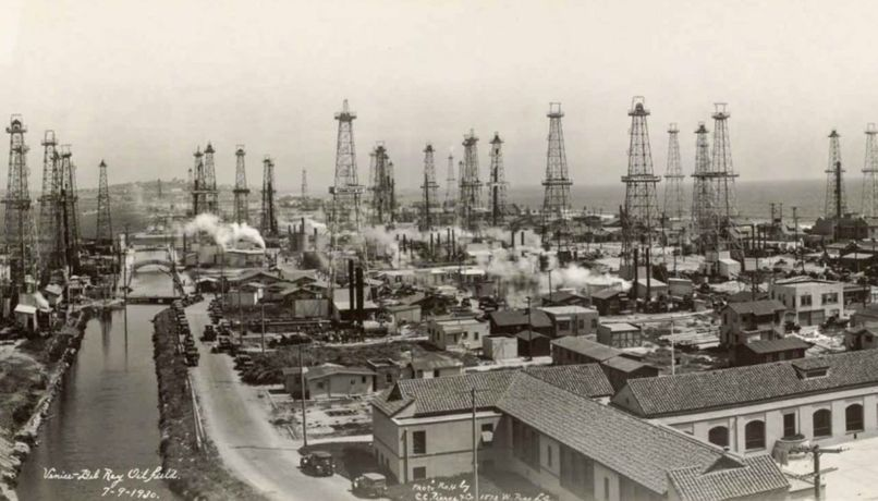 C. C. Pierce & Co., Detail of Venice-Del Rey Oil Field, July 9, 1930. Panoramic photograph. Ernest Marquez Collection. Purchase, with Library Collectors' Council subvention, 2014.