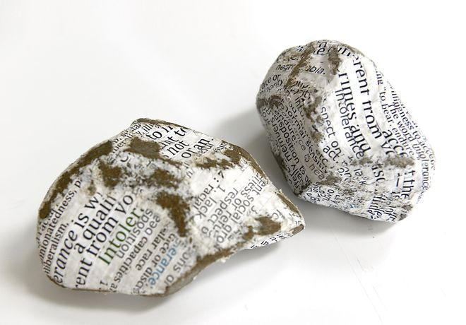 Protest Stones (Brexit), paper-wrapped stones, left 6 x 11 x 8 cm, right: 9 x 12 x 9 cm, 2016