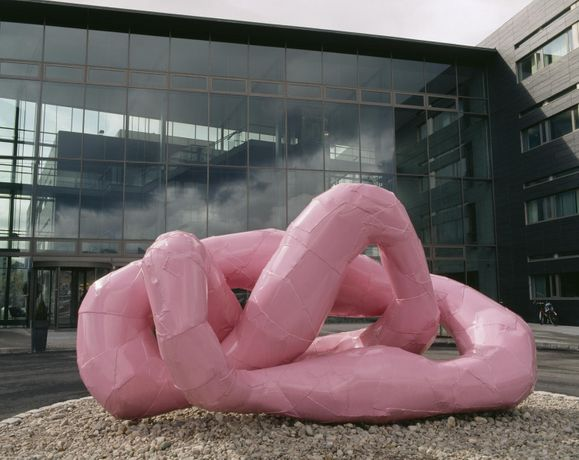 Franz West, Rrose [DRAMA], 2001. Norvegian Telecom Collection.
